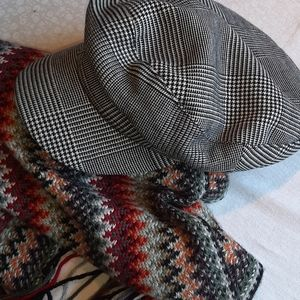 Zara newsboy cap no scarf